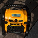 DeWALT DCR019 - Display bei direkter Sonneneinstrahlung